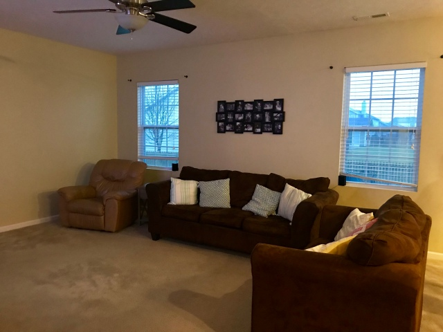 living room before2