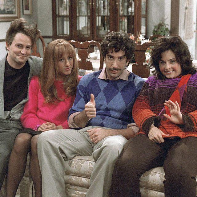 friends-thanksgiving-episodes-1569362799